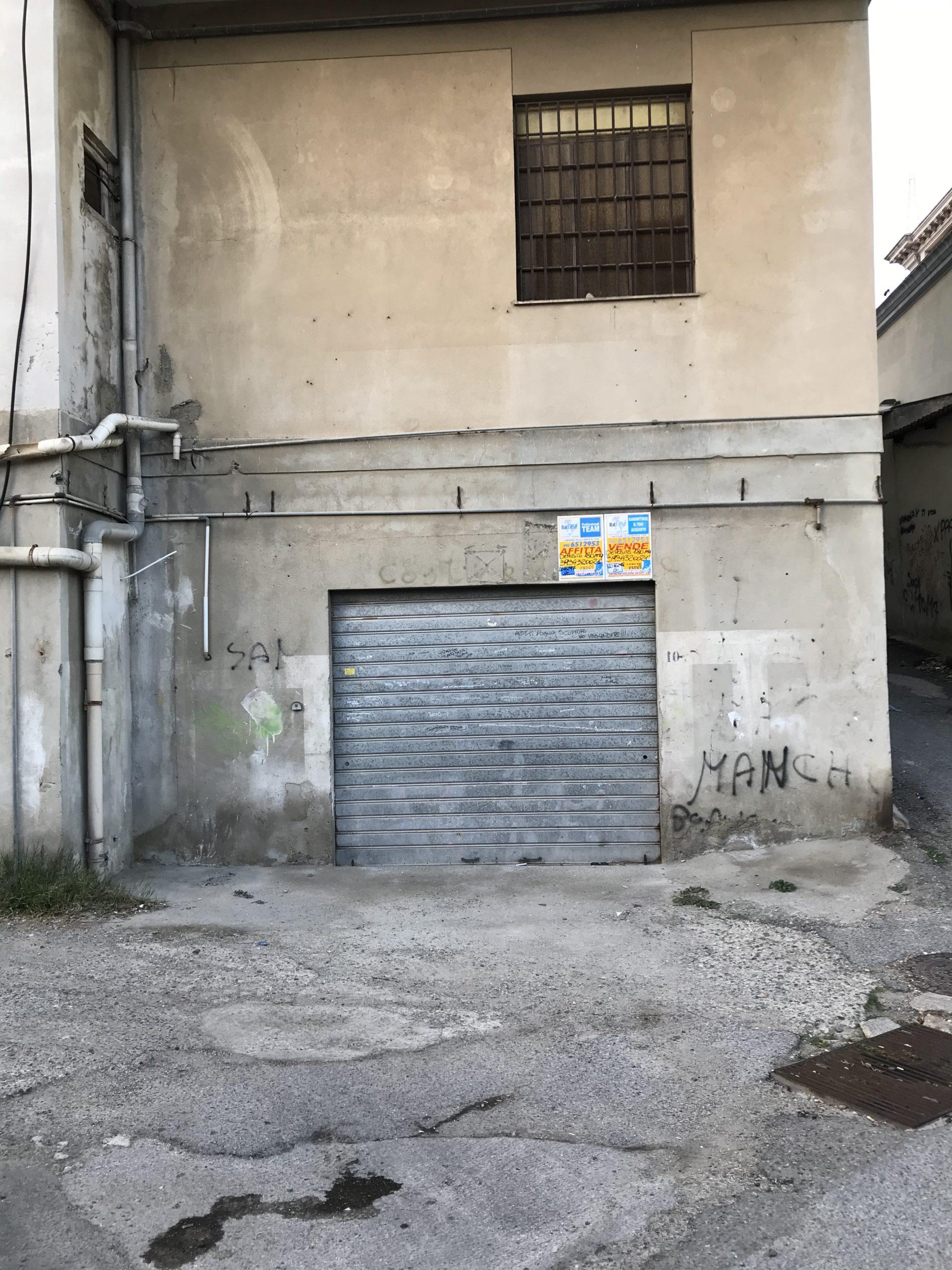 Svincolo Gazzi deposito di 180 mq
