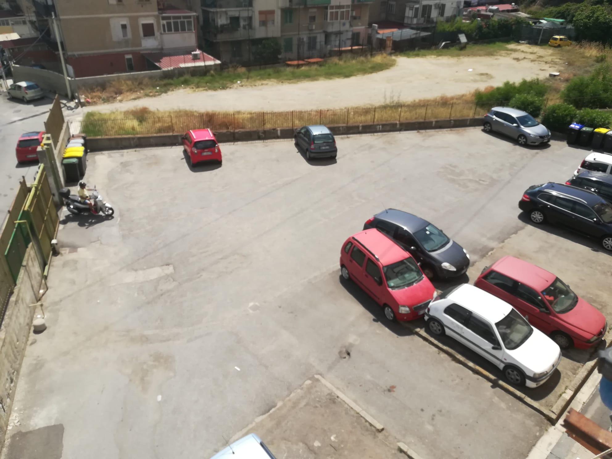 Minissale in vendita 4 vani più servizi più cantina e posto auto