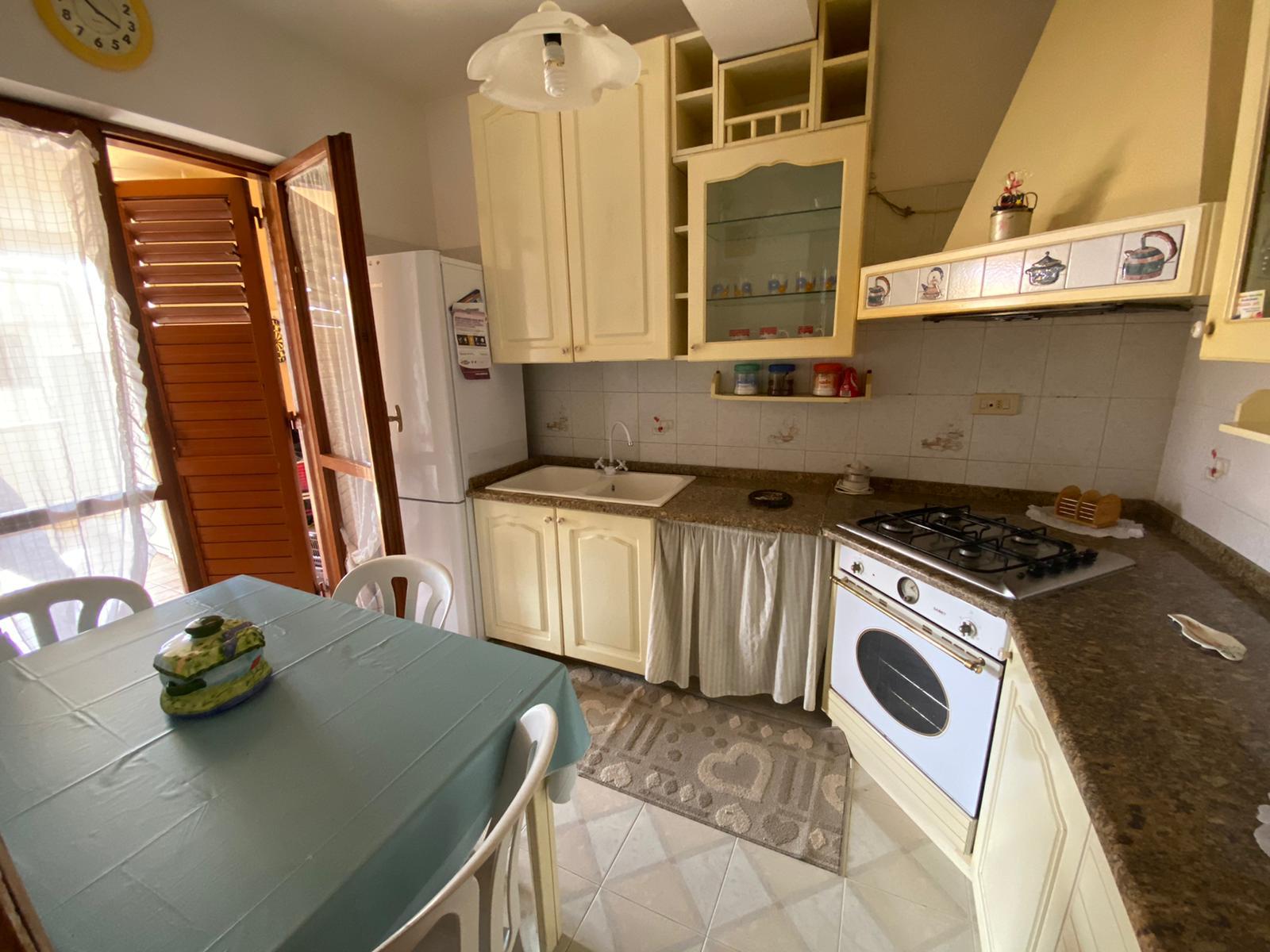 Santa Margherita in vendita 3 vani più servizi e veranda