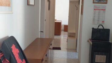 Via Lucania pressi Villa Dante in vendita bivani più servizi più sottotetto