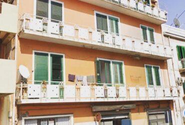 Via Santa Cecilia in vendita 4 vani più servizi