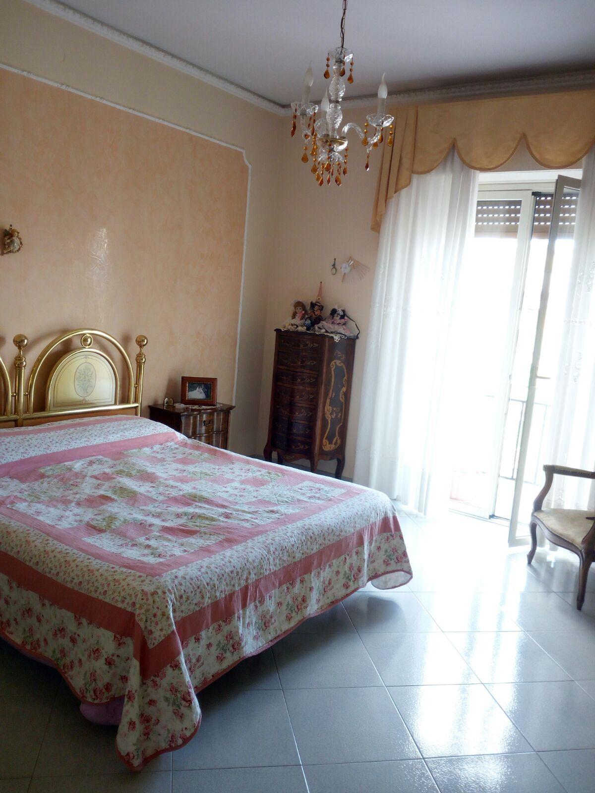 via Palermo panoramico tre vani più servizi