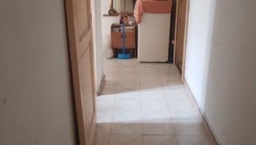 appartamento al primo piano in vendita in via la farina